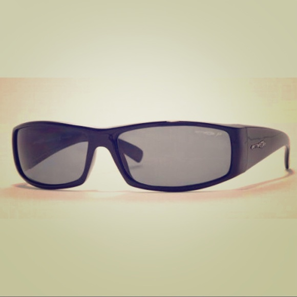 33ef82c93ba6 Arnette Full House Polarized Sunglasses